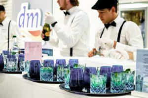 Tabletts mit Getränken - Getränke Catering München