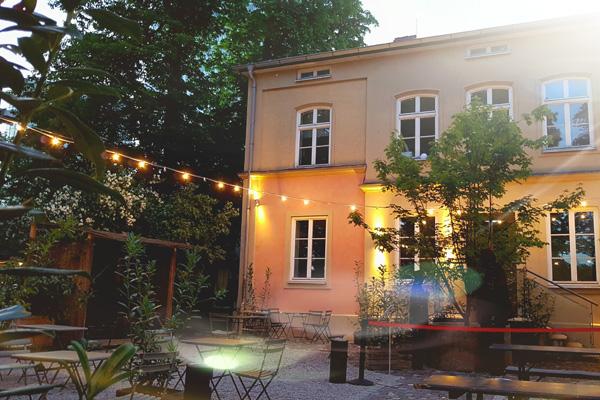 Villa Floras Freiluftgarten_Unikorn Catering_Catering München-Biergarten München