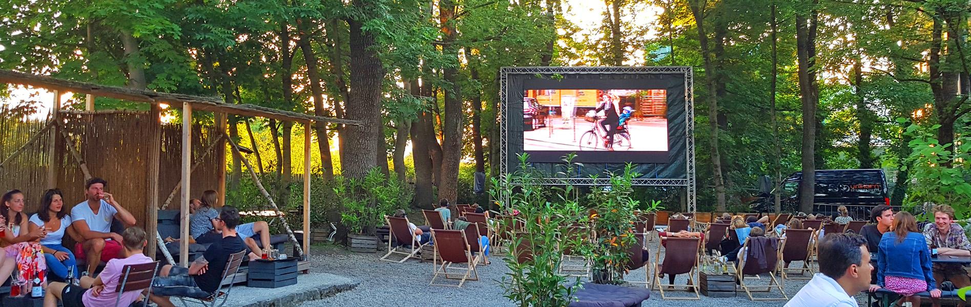Villa Floras Freiluftgarten-Unikorn Catering & Events-Biergarteen München-Catering München-Open air kino München-Eventlocation München