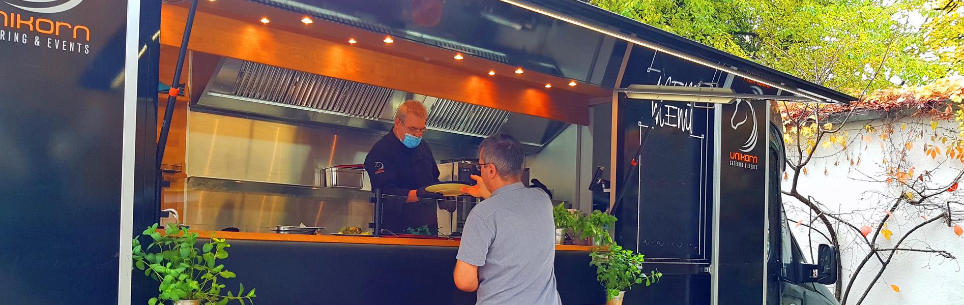 Gast am UNIKORN Foodtruck - Foodtruck Catering München